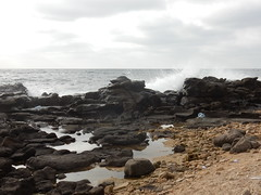 Ngor - Dakar - Sngal (Waynuma) Tags: ngor dakar senegal sea shore cote ocean nikoncoolpixs9900 nikon coolpix s9900 waves shorebreak