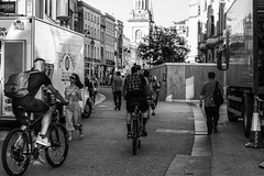 Cyclists on Queen Street (taperoo2k) Tags: people candid streetphotography bicycles oxford queenstreet kevintaphousephotography