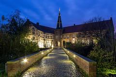 Burg Ldinghausen (marius_weczera) Tags: burg ldinghausen nrw blaue stunde lzb
