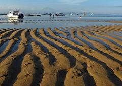 Bali - Sanur Beach Evening (zorro1945) Tags: sanur sanurbeach bali indonesia asia beach ridges lowtide lines boats paddlers mountagung volcano mountain