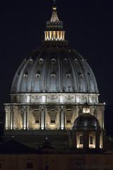 cupola - (stefanocarbonara) Tags: papa pope italy italia light luci saintpeter dome sanpietro canon canon70d cupola vaticano roma rome gianicolo cupolone notte night vatican photo pic