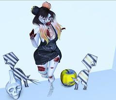 Post #1777 ( =^^=) Tags: halloween gothic scary spooky emo punk makeup zombie pinkatude fasion blog cat pumpkin blood bloody skull candle mono stripe ouija gacha glasses skeleton feet