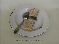 "emaille-enamel-esmalte (Pablo Rueda Lara 1945-1993) Tags: realistisch realistic realistichkeramiek realisticceramic""keramieken emaille"" ""ceramic enamel"" museumvoorkeramiekpabloruedalara pabloruedalara museumpabloruedalara pablo rueda lara keramiek ceramic ceramico emaille enamel esmalte realisticceramicrealismoceramico ""keramieken ceramico´"