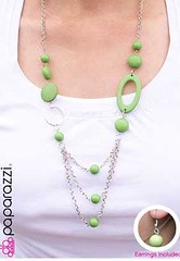Glimpse of Malibu Green Necklace K1 P2810-2