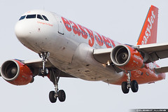 EasyJet Airline Airbus A319-111 G-EZIO cn 2512 (Clment Alloing - CAphotography) Tags: world barcelona sky mobile cn canon airplane airport mark aircraft bcn flight engine ground off aeroplane landing congress ii airline airbus take 5d airways balcon aeropuerto spotting t1 barcelone easyjet mwc 2015 100400 2512 a319111 gezio 07l lebl 25r