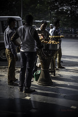 Street food (SanchitaC) Tags: heritage history culture streetphotography dailylife tradition kolkata everydaylife calcutta calcuttastreets kolkatastreets calcuttaphotography
