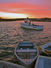 Winter sunset (Robert Dennis Photography) Tags: sunset maine canoe kennebunkport lobsterboat capeporpoise