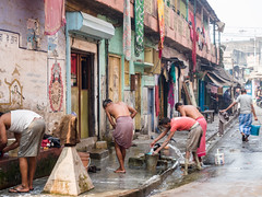 Washing on the Streets (Mike Prince) Tags: india man transport unknown kolkata washing westbengal streetsandroads shobhabazar