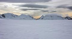 Kohl-Larsen Plateau (sylweczka) Tags: snow ski mountains expedition glacier route shackleton touring skitouring sylweczka southgerogia kohllarsenplateau