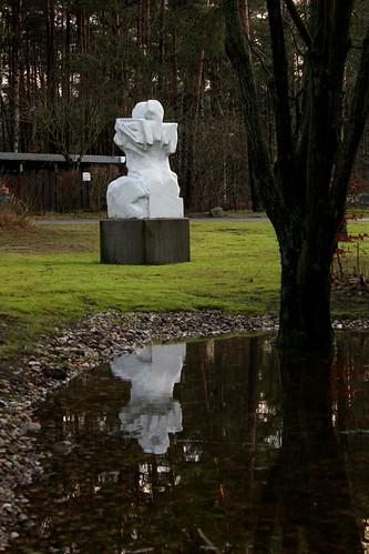 "Kunst am Weg Soltau 2015 (12/18) • <a style=""font-size:0.8em;"" href=""http://www.flickr.com/photos/69570948@N04/16252392536/"" target=""_blank"">View on Flickr</a>"