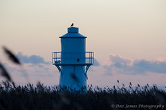 Uskmouth Lighthouse setting sun (2) (Daz James Photography) Tags: lighthouse uskmouth newportwetlands uskmouthlighthouse