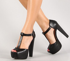 "leatherette buckle t strap peep toe blk • <a style=""font-size:0.8em;"" href=""http://www.flickr.com/photos/64360322@N06/16351554575/"" target=""_blank"">View on Flickr</a>"
