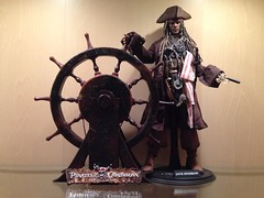 1/6 Jack Sparrow ( Version 1 ) (Sky1328) Tags: jack pirates sparrow actionfigures captain caribbean iflickr hottoys 16scale onstrangertides