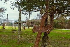 Lean on Me (Mike Schaffner) Tags: cemetery grave graveyard memorial texas cross unitedstates gravestone sorrow grief stmarys plantersville