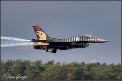 Solo Turk F16C (simon_x_george) Tags: fighter martin military jet f16 solo airforce lockheed turkish turk f16c 2014kleinebrogel