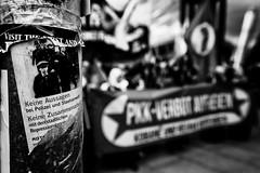 . (Thorsten Strasas) Tags: berlin sign de demo deutschland march rally banner protest brandenburggate flags demonstration schild potsdamerplatz transparent brandenburgertor mitte kundgebung kurdistan flaggen kurds fahnen ypg linkspartei dielinke kurden mdb pkk schwarzweis ybs yazids leftparty yeziden ypj jesiden stellvertretendervorsitzender arbeiterparteikurdistans pkkverbot widerstandseinheitshingal abdullahoecalan partiyakarkerênkurdistanê yekîneyênberxwedanşingal