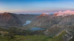 'Late-Evening Lakes' - Ogwen valley, Snowdonia (Kristofer Williams) Tags: panorama mountains wales landscape evening outdoor hiking valley snowdonia hillwalking ygarn llynogwen llynidwal ogwenvalley