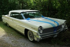 Wedding car (Andy_BB) Tags: lincoln continental mark 4 1958 hochzeit autolincolncontinental feier event