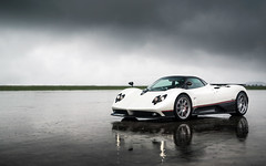 Whatever the Weather. (Alex Penfold) Tags: pagani zonda f coupe white supercars supercar super car cars autos alex penfold 2016 owners circle