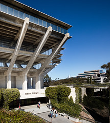 Main Library (Chimay Bleue) Tags: brutalism ucsd uc san diego brutalist pereira gin wong lajolla la jolla design modernism modernist concrete mcm midcentury 1970 70s