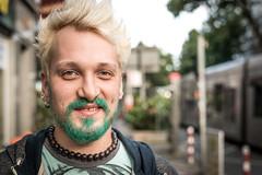 "#31 ""What the hell are you doing on this planet?"" (Hendrik Lohmann) Tags: street portrait people df streetphotography streetportrait menschen dsseldorf gesichter geschichten strase strassenfotografie strasenportait"