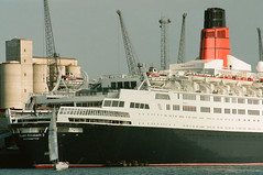 Queen Elizabeth 2 - 169-26a (Captain Martini) Tags: cruise cruising cruiseships liners cunard qe2 rmsqueenelizabeth2 southampton