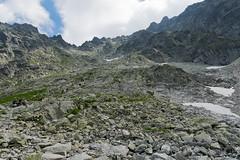 Przy dobrej pogodzie na Rysy idą tłumy (czargor) Tags: outdoor inthemountain mountians landscape nature tatry mountaint igerspoland