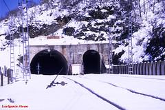 RENFE (NORTE)  -  Pajares  1-4-2016 (luisignacio.alonso) Tags: renfe norte ferrocarril puertodepajares pajares payares asturies nieve tneles