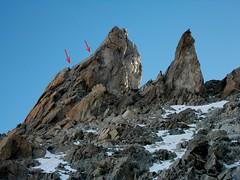 DSCN2380 Creste del Gruppo del Monte Bianco, folla! Traversata Aiguille de Marbres, Monte Bianco (3535m) (Franz Maniago) Tags: montebianco