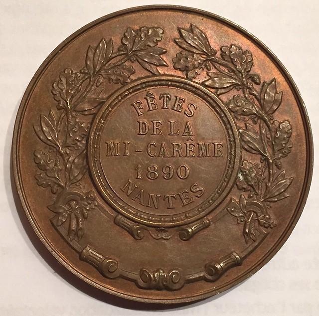 Nantes, médaille de la Mi-Carême, 1890 revers (photo : Gildas Salaün)