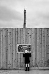 Street Paris (Photo-LB) Tags: blackandwhite paris france monochrome tour noiretblanc ngc toureiffel streetphoto capitale trocadero effeil exterieur iloveparis