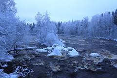 Kuusaa rapids_2015_01_22_0011 (FarmerJohnn) Tags: winter cold fog canon suomi finland haze stream frost january rapids 7d talvi vesi tammikuu glacial laukaa usva sumu koski kylmä virta pakkanen kuura äänekoski kapeenkoski kuusaankoski hyinen juhanianttonen ef1635l28iiusm