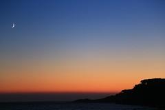 Sunset @ Sanary-sur-mer, July 2014 (ISO 69) Tags: sunset sea sky sun moon france beach night mond sonnenuntergang provence var toulon sanarysurmer