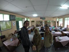 Photo de 14h - Avec Nani au collège de Cianjur, Volunteers in Java  (Indonésie) - 02.03.2015