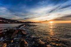 Amanecer (Paco Lavela) Tags: playa amanecer marbella elrodeito