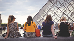 Time out (Playing_with_light) Tags: ladies sun paris france feet water pool clouds out nikon pyramid time louvre relaxing backs d800
