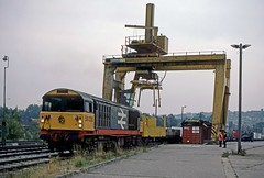 58030, Dudley, September 1986 (David Rostance) Tags: dudley blackcountry freightliner class58 58030 4s50