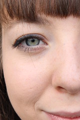 IMG_5393 (lena_kppers) Tags: eye person colors green blue yellow canon face gesicht details auge farben farbenspiel
