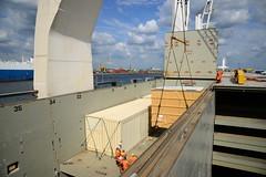 Chipolbrok Pacific (DST_8787) (larry_antwerp) Tags: chipolbrok chipolbrokpacific 9710177 breakbulk liebherr crane abes terminal crate kist antwerp antwerpen       port        belgium belgi          schip ship vessel