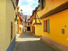 the yellow lane (mujepa) Tags: walk promenade lane yellow jaune ribeauvill alsace 42 colorful