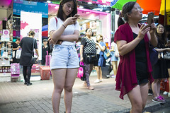 Street style () Tags: leica leicam240p leicam leicamp konica 35mm hongkong shatin street streetphotography people candid city stranger mp m240p m240 publicspace walking offfinder road travelling trip travel    asia girls girl woman  wideopen mongkok kowloon voigtlander voigtlander35mmf12 voigtlandernokton3512 f12 night
