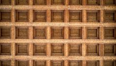 wood_basilika; trier_germany (eks-i zîbâ) Tags: basilika trier architecture raster wood holz decke germany