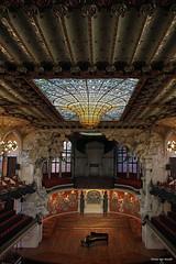 Palau de la Msica Catalana, Barcelona (by_irma) Tags: llusdomnechimontaner palaudelamsicacatalana barcelona spain spanje espana glas glass concerthall concertzaal piano vleugel grandpiano