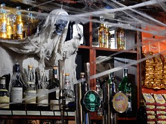 P and T Hallowe'en (deltrems) Tags: pumpandtruncheon pump truncheon ghost ghostly figure whisky pub bar inn tavern hotel hostelry restaurant house drinks blackpool lancashire fylde coast skeleton halloween all hallows