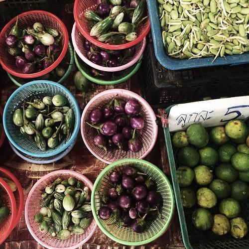 The art of #asian #market 🍆