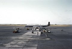 BOAC DH Comet, (Africa, c1960?) (Lady Wulfrun) Tags: africa airport corporation 1950s dh british 1960s airways comet airliner 1959 overseas 1960 groundcrew jey jetage boac areodrome