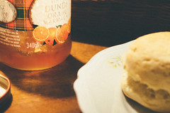 Scones Lover (Eleonora Della Bernardina) Tags: orange vintage dundee seville marmalade mackays sevilleoranges vsco