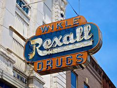 Wikle Rexall, Anniston, AL (Robby Virus) Tags: sign jesse neon alabama pharmacy drugs signage drugstore julius scruggs spearman anniston rexall wikle