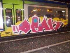 quadrichromie #14 (en-ri) Tags: train writing torino graffiti rosa giallo crew bianco sdk indaco opak