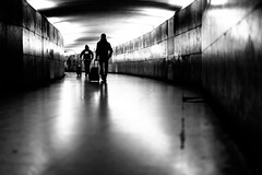 Rolling tube (tomabenz) Tags: street urban bw monochrome noiretblanc sonya7